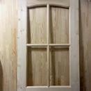 Дверь из сосны фелёнка, стекло